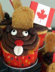 beaver cupcake 2