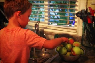 making-a-life-apple-pie-3