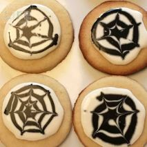 spider-web-cookies-3_making-a-life