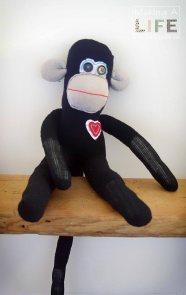 memory-monkeys-6_making-a-life